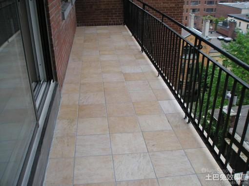阳台用木地板效果图 阳台铺木地板效果图 阳台木地板砖效
