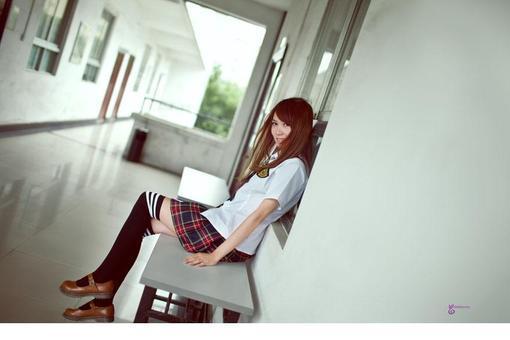 美女那些销魂裙子的网址校园_hao123图片导表情包妹牙套图片